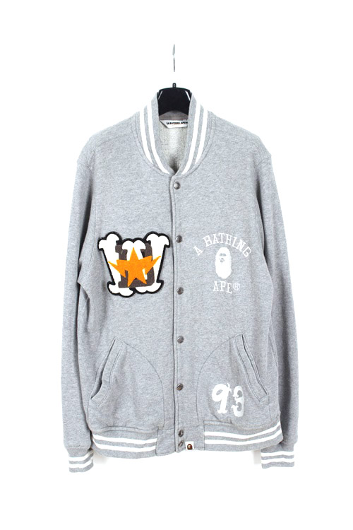 A Bathing Ape staidium jumper (M~L) (made in japan)