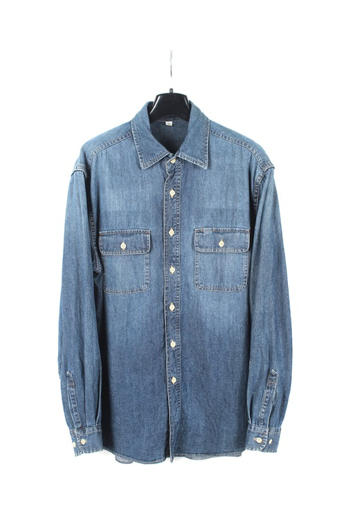 Uniqlo denim shirt (M)